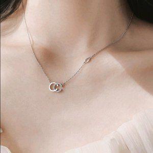 925 Sterling Silver Diamond Interlocking Necklce